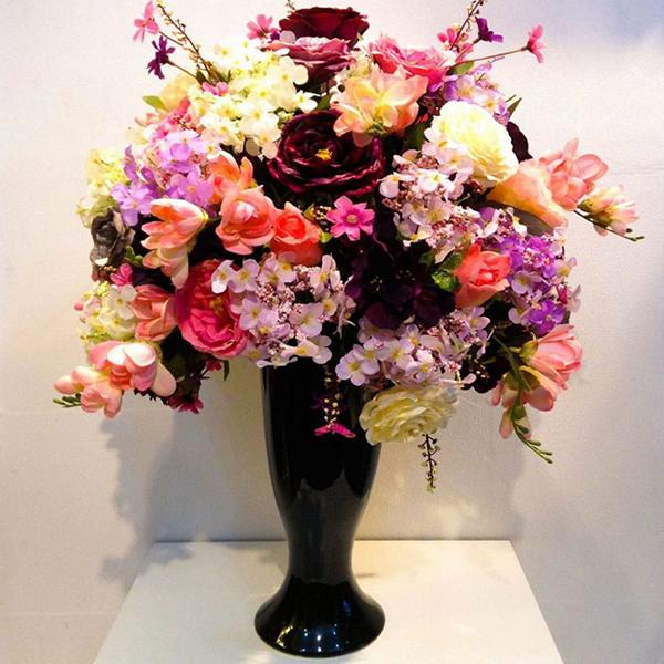Vì sao hoa giả lụa đẹp để bàn Nội Thất Xinh lại được ưu chuộng?