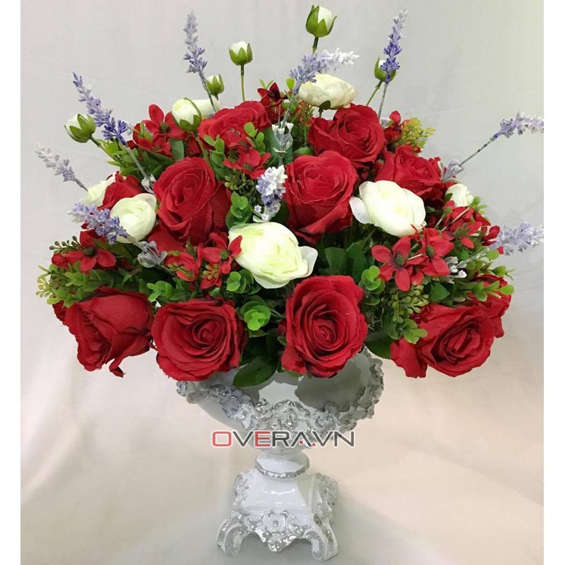 Tận hưởng cuộc sống hiện đại với hoa lụa cao cấp nhập khẩu