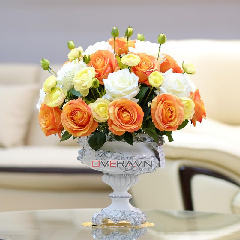 Bình hoa lụa nhập khẩu ấn tượng ngay từ ánh nhìn đầu tiên