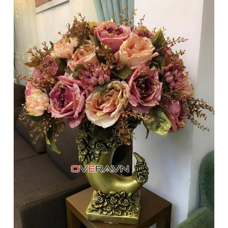 Bình hoa lụa đẹp với hình thức vô cùng đặc biệt mã HL527